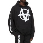 VETEMENTS ヴェトモン ANARCHY GOTHIC LOGO HOODIE